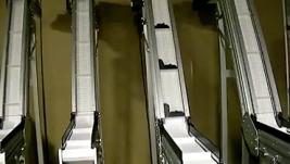 14) Z Incline Conveyor