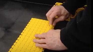 83) Snap Link Conveyor Belting