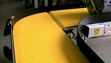 127) Large Item Conveyor w 90° Turn