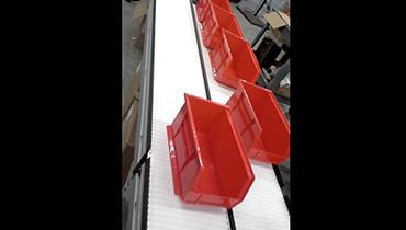 214) dual lane accumulation medical conveyor