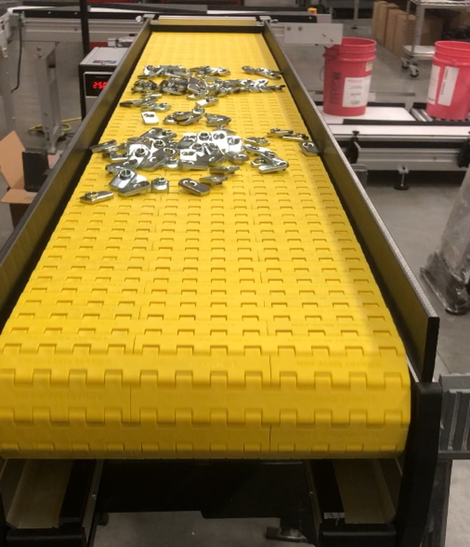 little accumulation conveyor for small parts