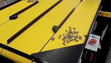 260) 4 lane accumulation conveyor system